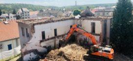 Jak probíhá demolice rodinného domu a dalších budov?
